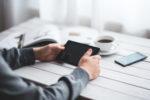 Burza po słowach wicepremiera Glińskiego o braku opłaty reprograficznej od smartfonów. Protestują muzycy